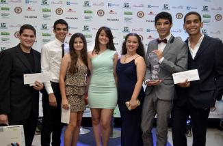 Ganadores de las 5 Categorías de la V Festival de Cine, Nelson Almanzar, David Bordas, José Manuel  Guzmán, René Ayuso, María  José Rodríguez y Claudia Mármol