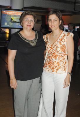 Evelyn de Vicente y Ana María Vicente