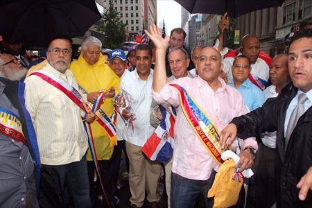 Imagenes del Desfile Nacional Dominicano en la sexta avenida de la ciudad de Nueva York. Estuvieron presentes Mike Bloomberg, quien estuvo acompañado del senador Adriano Espaillat, el asambleísta Guillermo Linares,  el cónsul Dominicano en