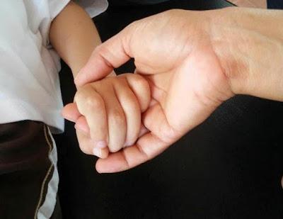 28-09-15 La mano de mi novio Ramon