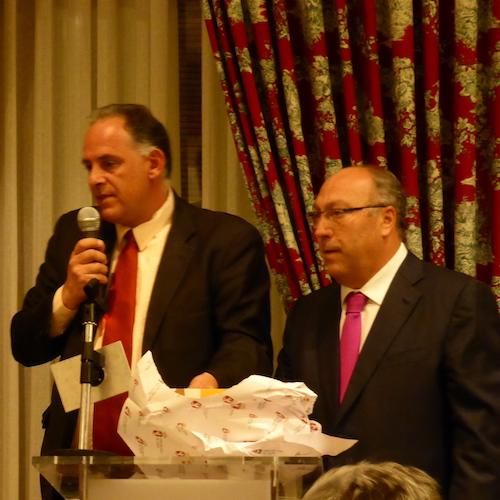 Reconocen en León, España, al presidente del Forum Iberoamericano de Periodistas de turismo