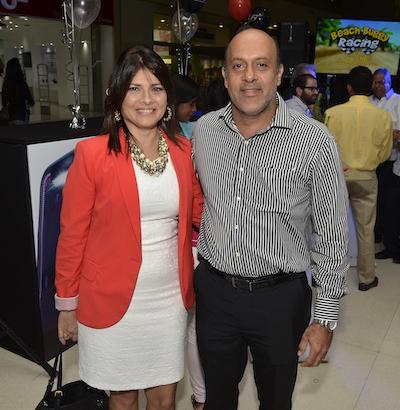 Josie Grau de Hernández y Rafael Hernández