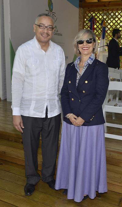 David Arias Rodríguez y Josefina Gómez Mena