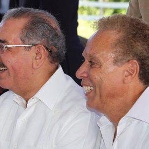 Empresarios Angel Rondón y Díaz Rua conducidos a Fiscalía Santo Domingo