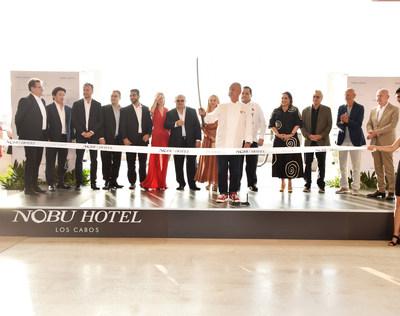 Nobu Hotel Los Cabos celebra inauguración oficial con emblemática ceremonia de sake